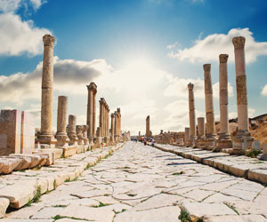 The ancient ruins in Jerash is an essential inclusion for all Jordan tours.