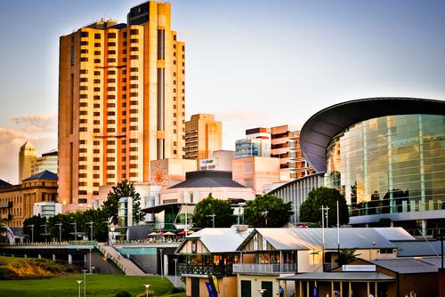 Australia Adelaide Sunset_134133293