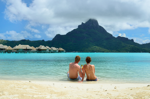 Honeymooners on Bora Bora, French Polynesia (Tahiti)