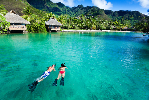 Islands-Tahiti-Moorea-Snorkel_95926132