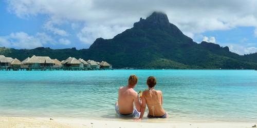 Honeymooners on Bora Bora, French Polynesia