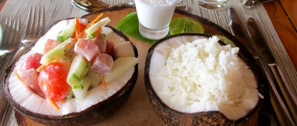 Poisson Cru with coconut rice…served in a fresh coconut!