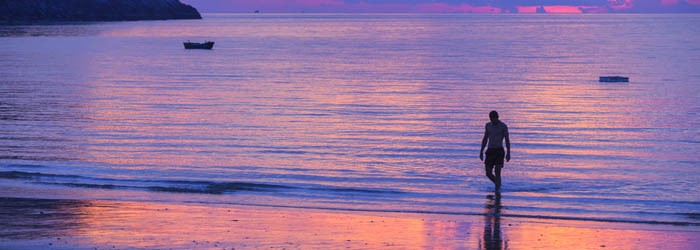 Island sunset view on Dam Trau beach