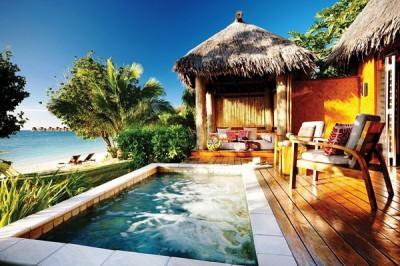 Fiji - Likuliku deluxe beachfront bure plunge pool Malolo, Mamanuca Islands