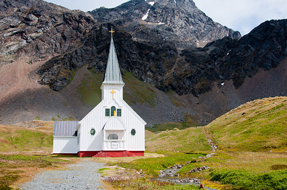 Whaler's Church overlooking the final resting place of Sir Ernest, Grytviken