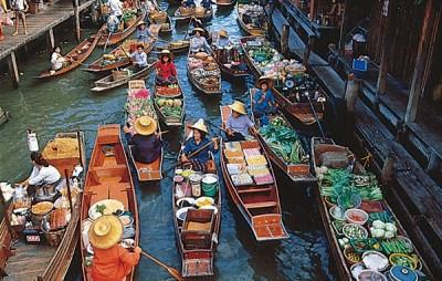 Bangkok's floating market