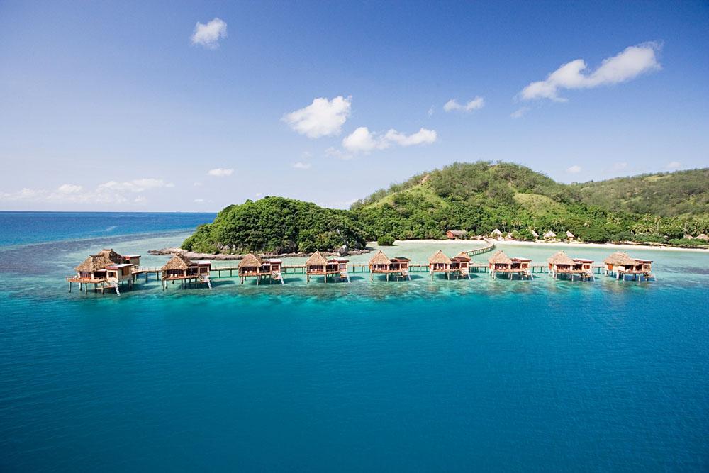 Overwater Bungalow - Likuliku Resort Fiji - 10 Overwater Bungalows
