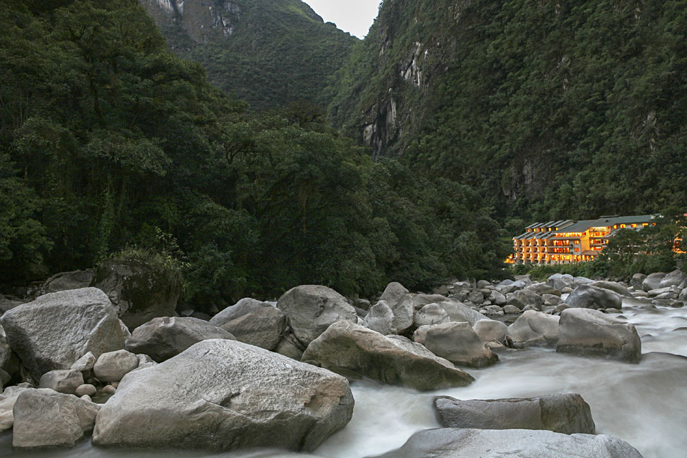 Sumaq hotel situated amidst mountains at the foot of Urubamba River