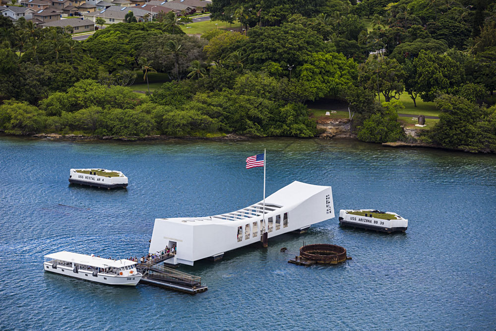 Pearl Harbour. Courtesy of Hawaii Toursim Authority and Tor Johnson.