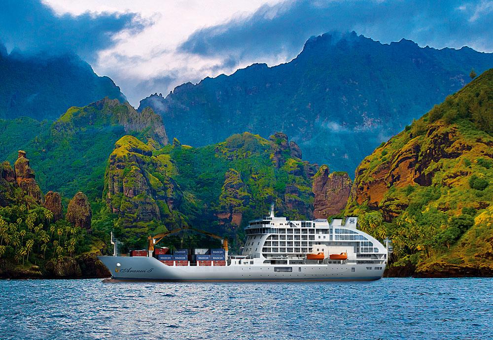 Aranui 5 - Exterior, in the Bay of Virgins, Tahiti