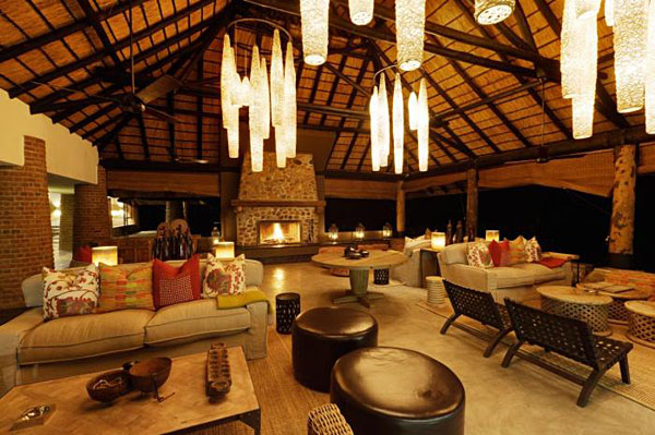Mfuwe Lodge dining area, for humans