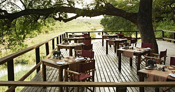 Outdoor Dining, Singita Ebony Lodge