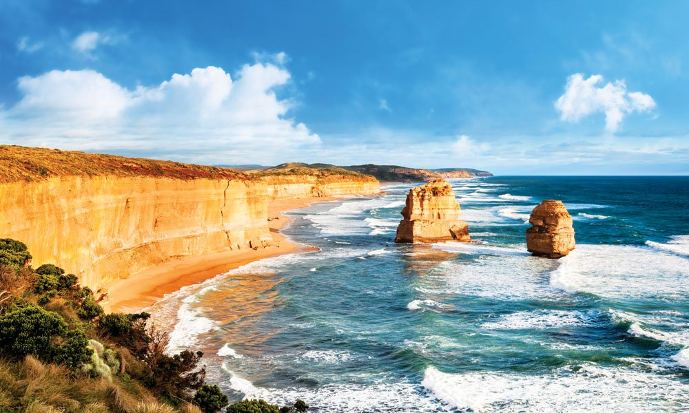 Visit the Twelve Apostles on your drive along the Great Ocean Road