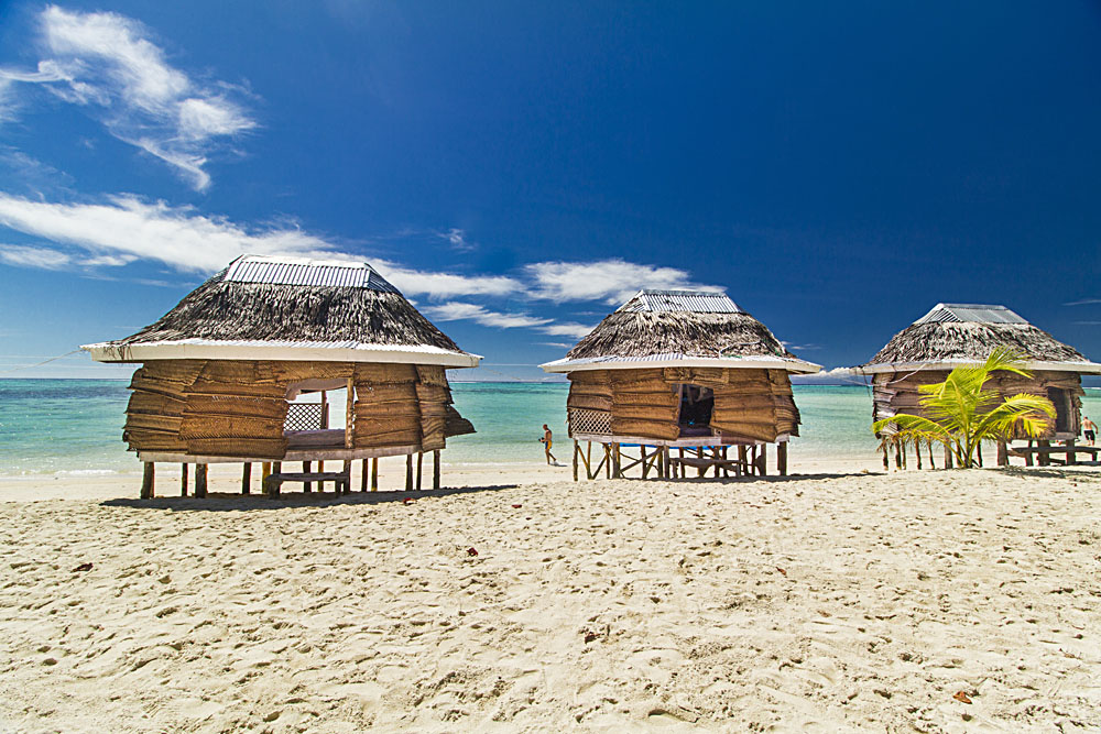 Samoan fales Lano Beach in Savaii