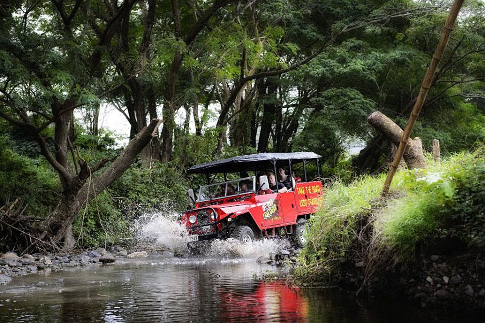 Off-road cave safari, Fiji