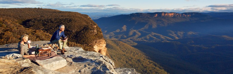 Blue Mountains Couple Zoom In, New South Wales, Australia