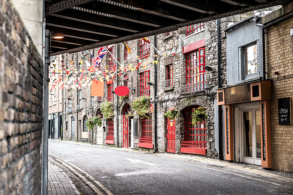 Street in Temple Bar District, Dublin, Ireland