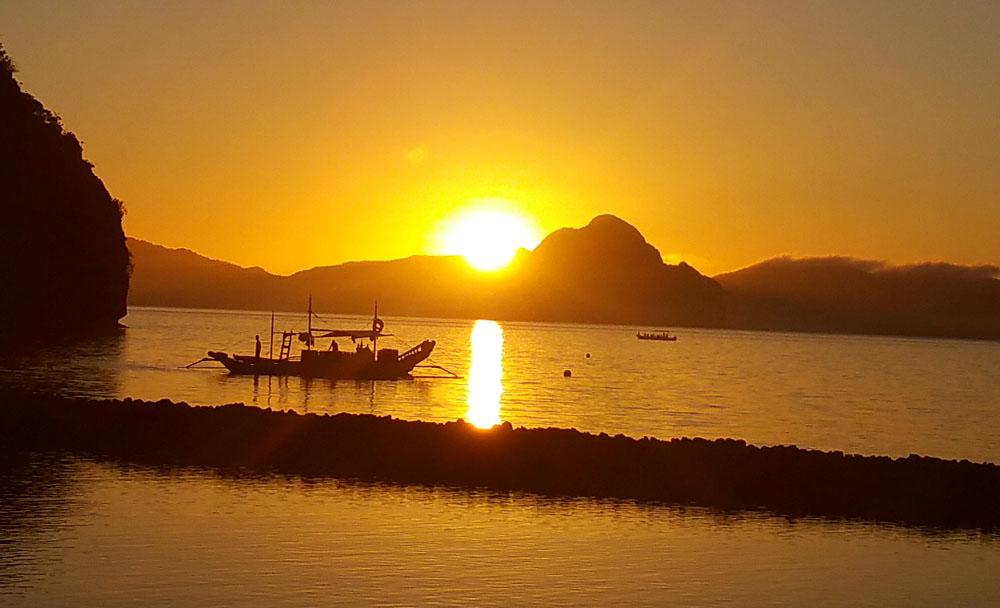 Sunrise in El-Nido, Palawan, Philippines