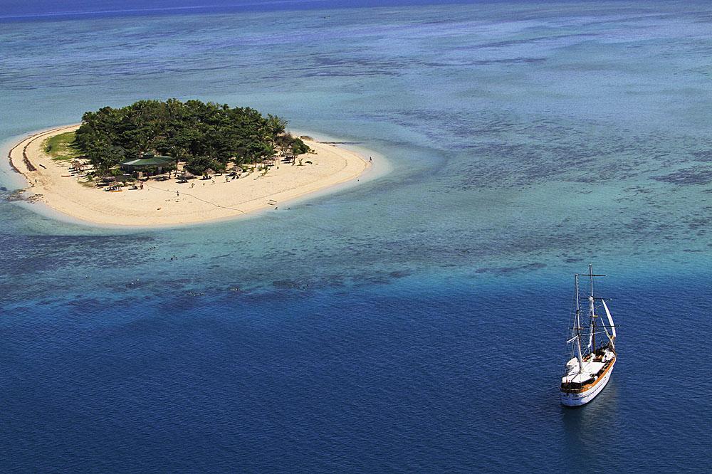 Tivua Island Day Cruise, Fiji