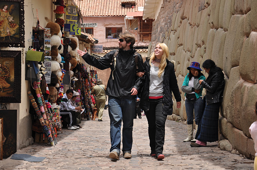 Couple Shopping in Cusco, Peru