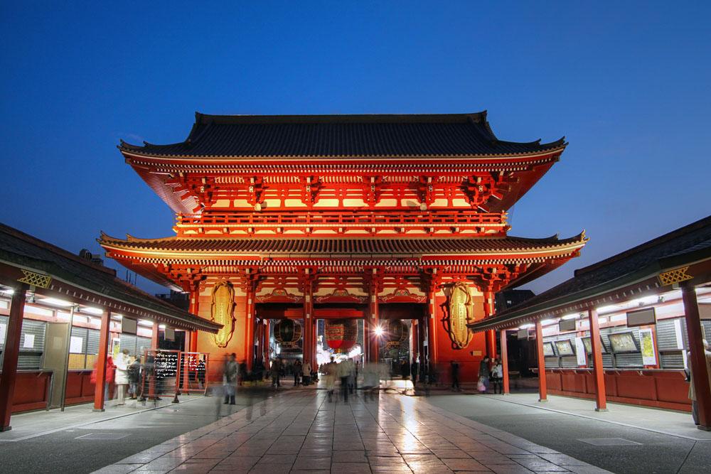 Hozo-mon Gate at Senso-ji Temple in Tokyo, Japan