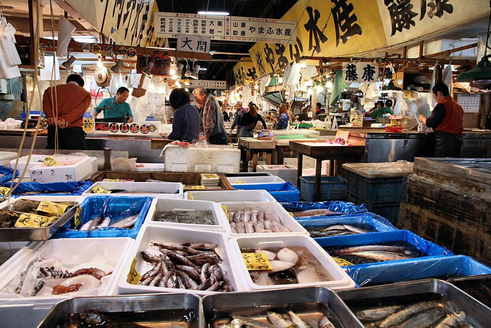 Shoppers Visit Tsukiji Fish Market in Tokyo, Japan
