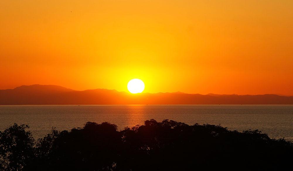 Akke Bos - Sunset on Lake Malawi