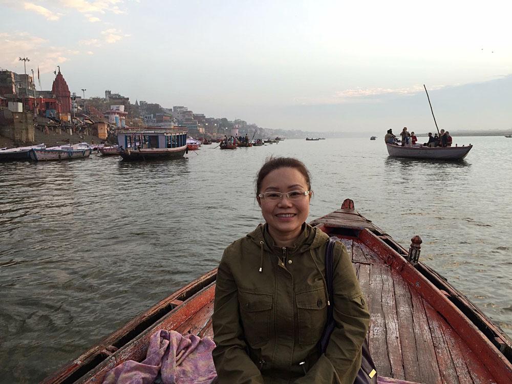 Amelia Chee - Amelia on Early Morning Ganges River Boat Tour, Varanasi, India