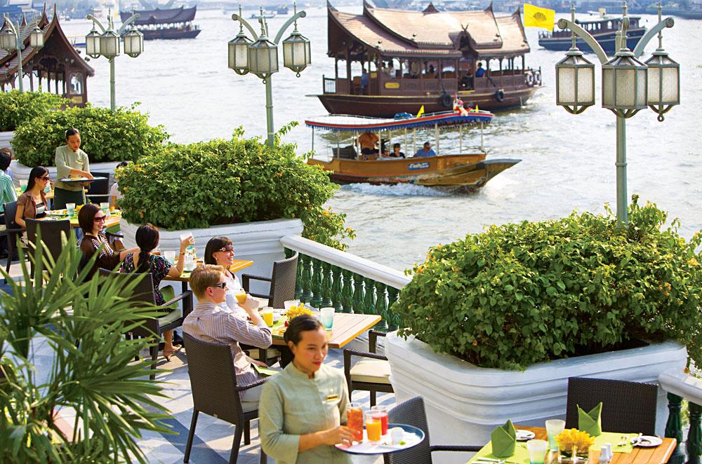 Diners at Mandarin Oriental Breakfast Verandah, Bangkok, Thailand