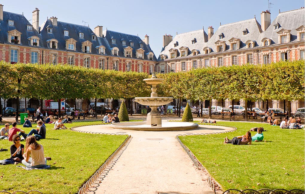 Place des Vosges the oldest planned square in Paris located in Marais district - Paris sightseeing
