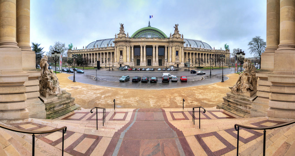 Panoramic view of the Grand Palais in Paris seen from the Petit Palais - paris sightseeing