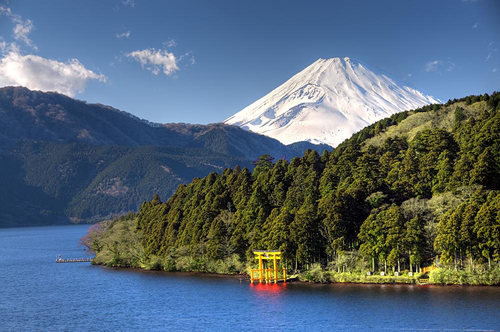 Mount Fuji, Red Torii Gate, and Lake Ashinoko, Hakone, Japan