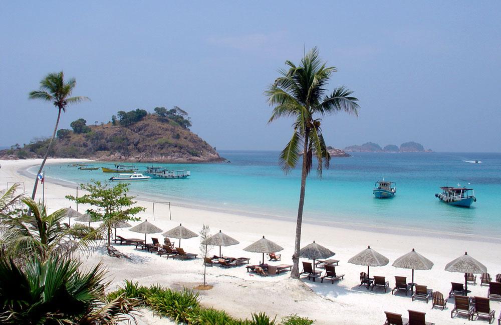 Pulau Redang Beach in Malaysia (Borneo)