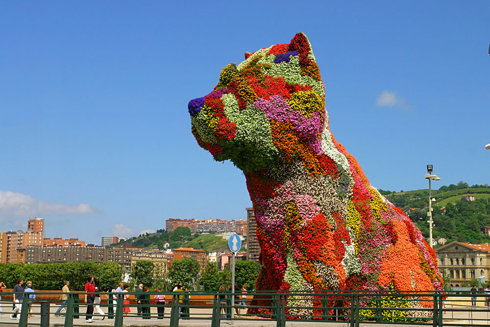 Puppy, the Flower Dog in Bilbao, Spain
