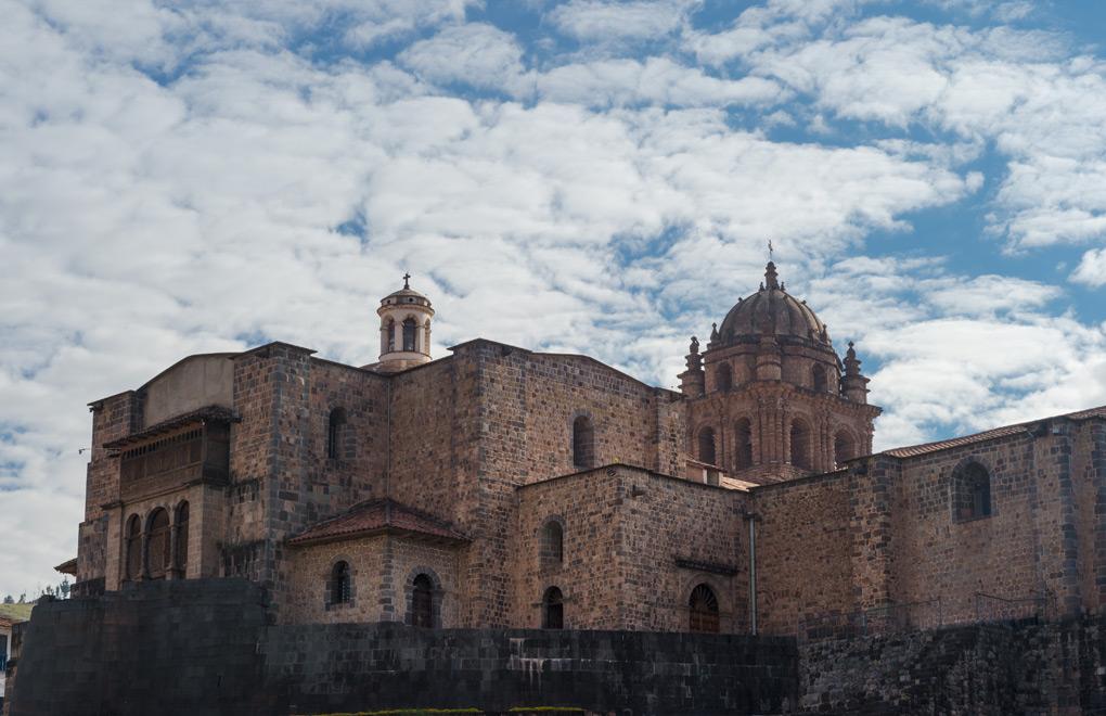 Santo Domingo Church and Qoricancha.