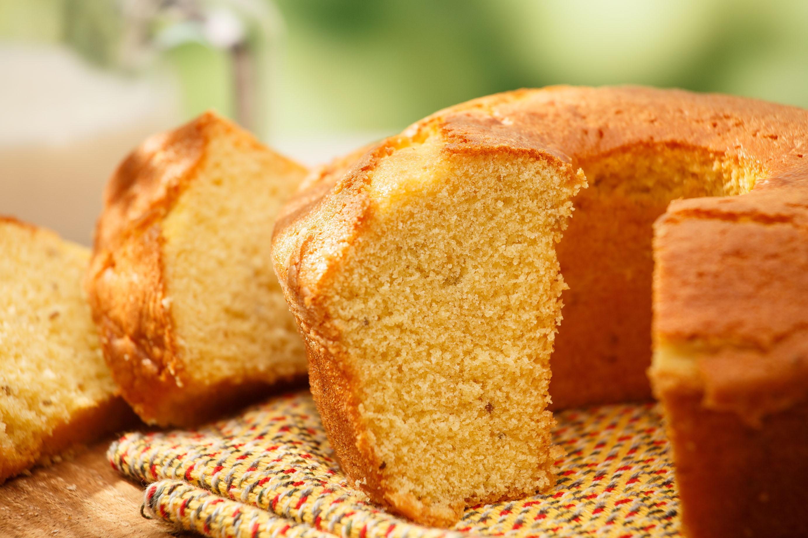 Bolo de Fuba Cornmeal Cake, Brazil