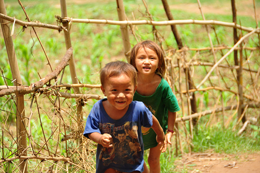 Carolyn Weppler - Children in Chiang Rai, Thailand
