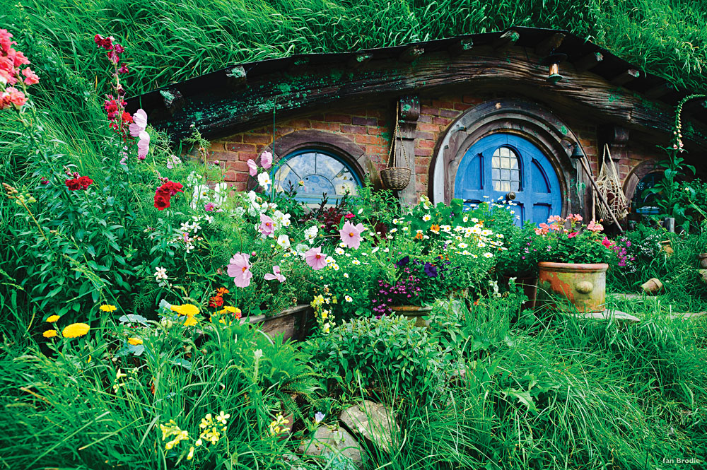Hobbit Hole in Hobbiton near Rotorua, New Zealand