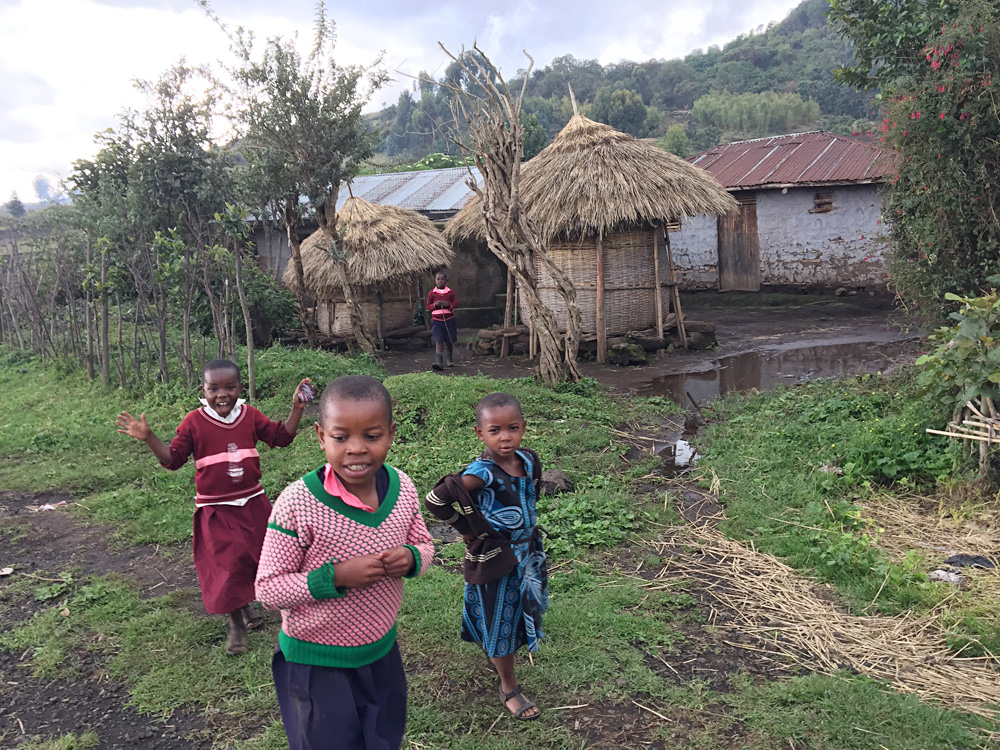 David Zolis - Kids of the Batwa tribe near Kisoro, Uganda