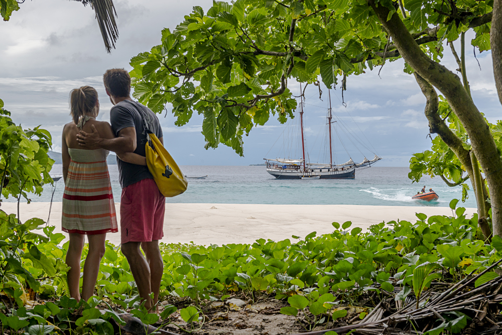 Couple on Aride Island, Seychelles