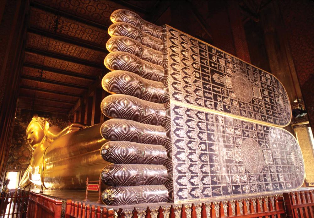 Reclining Buddha in Wat Pho, Bangkok, Thailand
