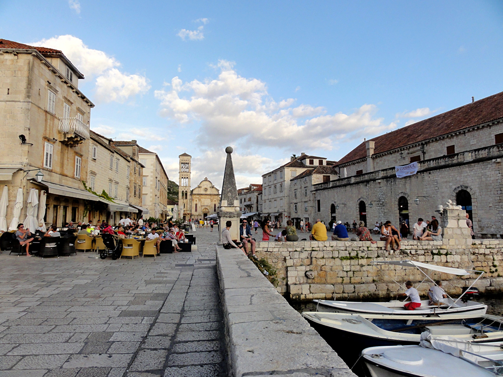 Restaurants, Bars and Cafes in Hvar, Croatia