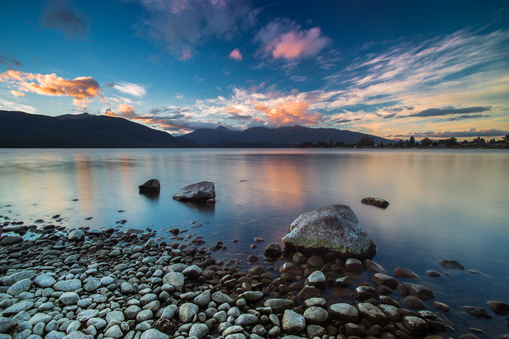 Lake Te Anau, Fiordland National Park, South Island, New Zealand
