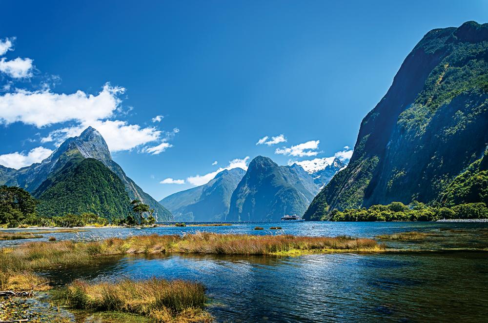 Fiordland National Park A New Zealand Vacation Wonderland