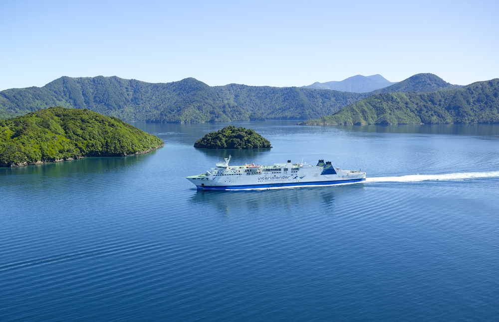 Cruising in the Marlborough Sounds, South Island, New Zealand