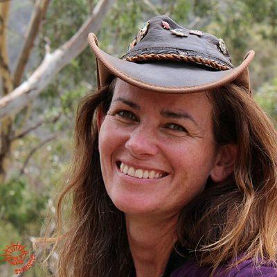 Echidna Walkabout Tours - Janine Duffy Pic, Australia