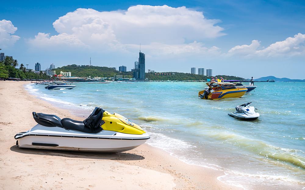 Speedboat and white sands of Pattaya Beach, Pattaya, Thailand