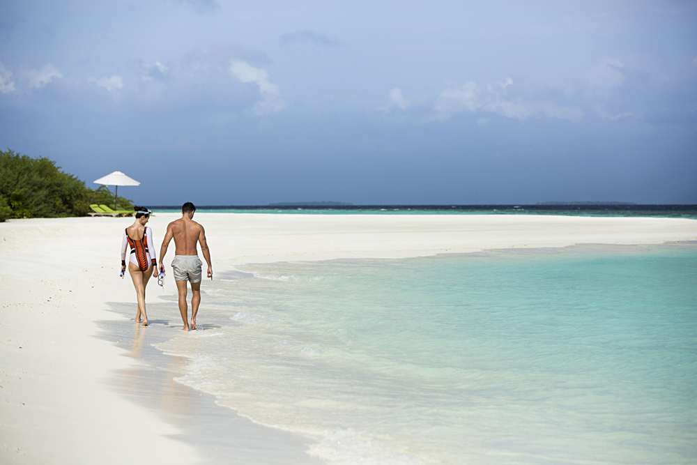 Anantara Kihavah Maldives Villas - Beach Walk