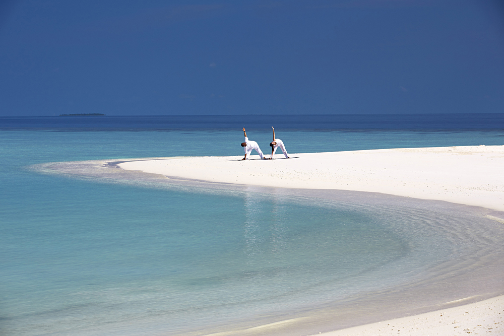 Anantara Kihavah Maldives Villas - Yoga on the Beach