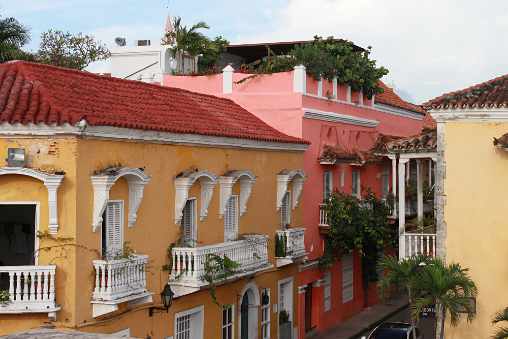 Emma Cottis - Colourful Colonial Houses in Cartagena's Historic Centre, Colombia